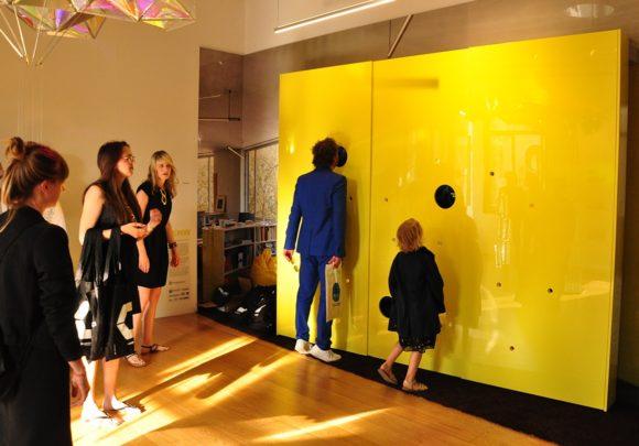 Erster Test der Installation von sehw architektur im Rahmen der Biennale 2016 in Venedig.