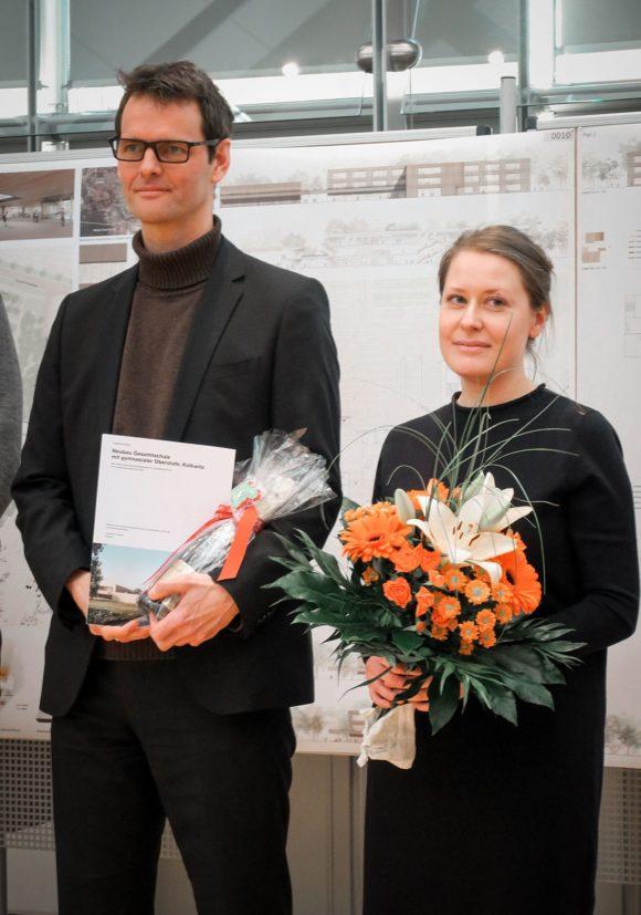 Hendrik Rieger und Susanne Boss bei der Preisverleihung, Gesamschule Kolkwitz.