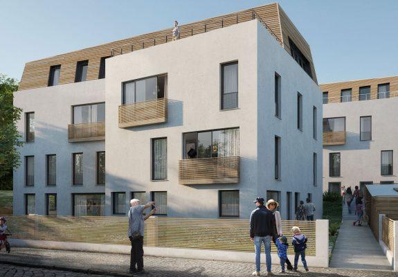 Straßenansicht des weißen Wohnhauses mit hölzerner Dacheindeckung, in Berlin Zehlendorf.