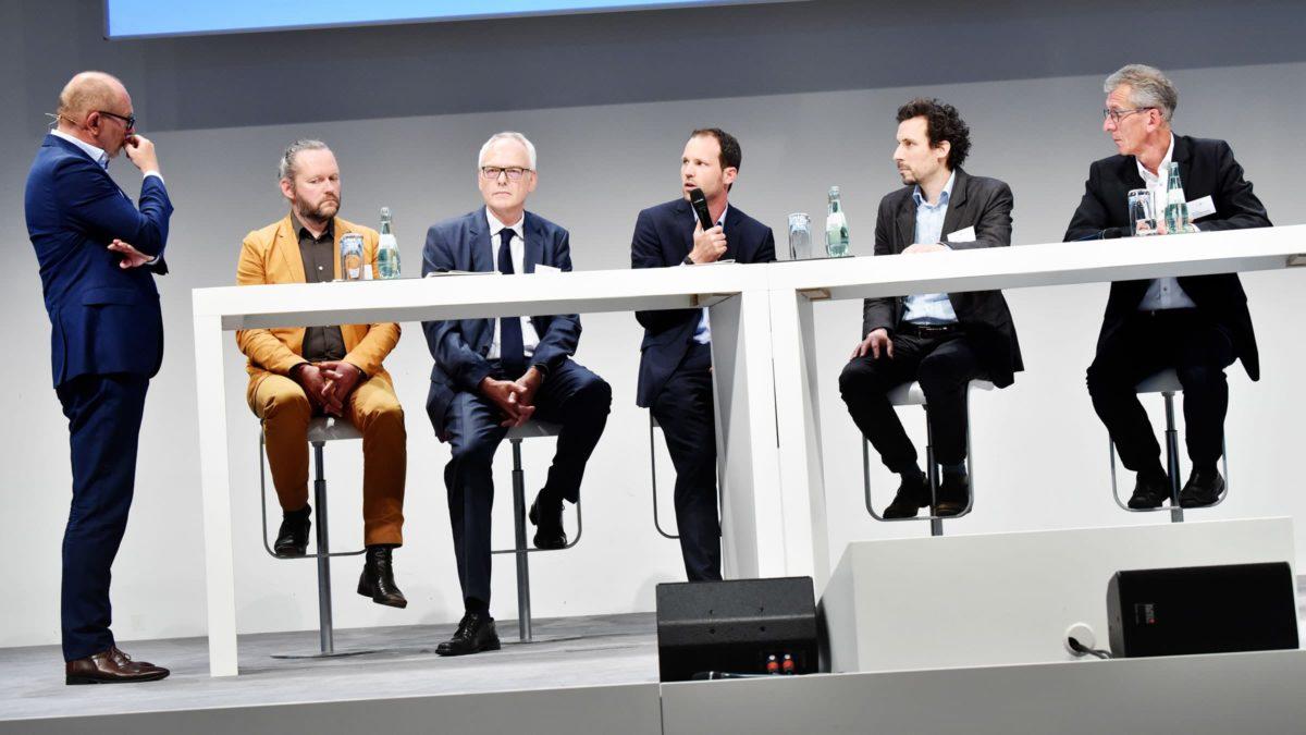 Vortrag von Prof. Xaver Egger zum Thema Nachhaltige Architektur in (Klima-) Wandel.