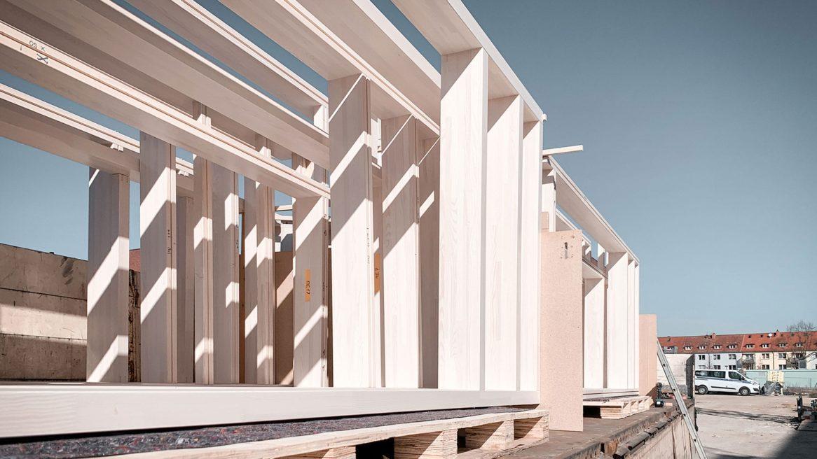Pfosten Riegel Fassade des Neubaus des Instituts für Elektrotechnik der Universität in Rostock