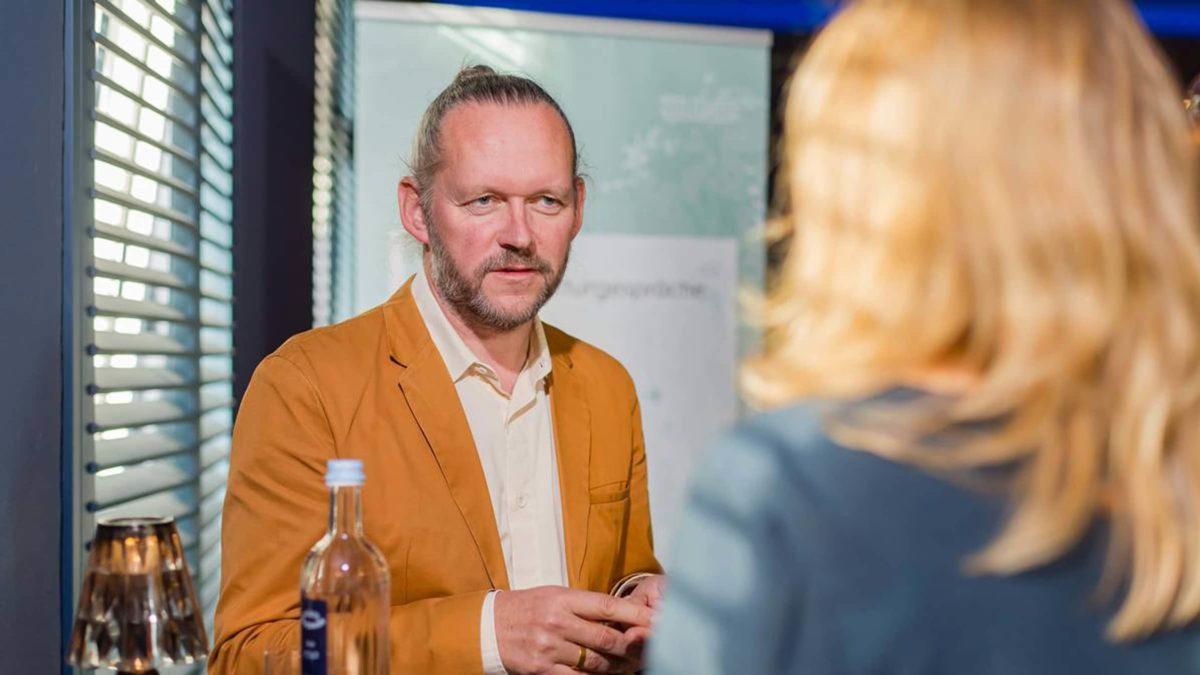 Prof. Xaver Egger im Interview.