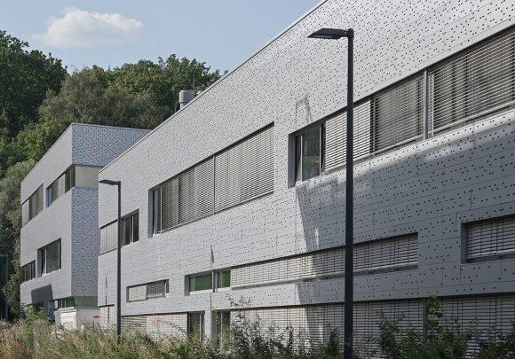 Neubau der Halle 16 der technischen Hochschule Wildau.