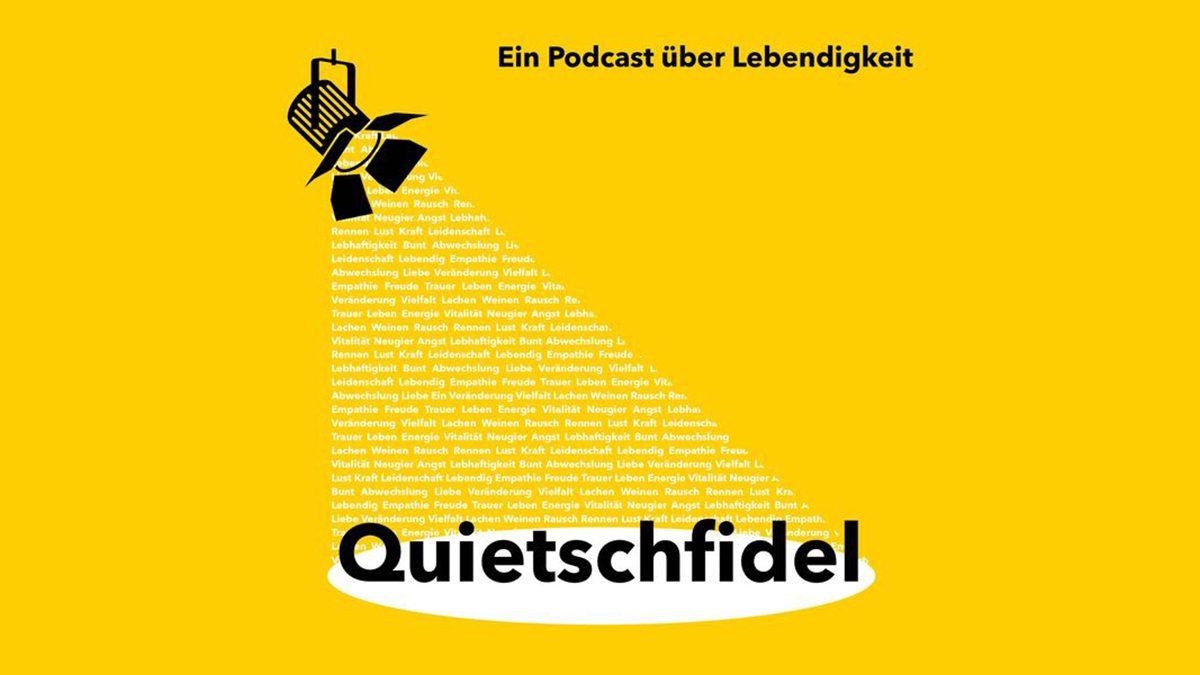 Der Flyer von Quietschfild Podcast im Rahmen des Masterstudiengangs Architektur Projektentwicklung 2021 der Hochschule Bochum.